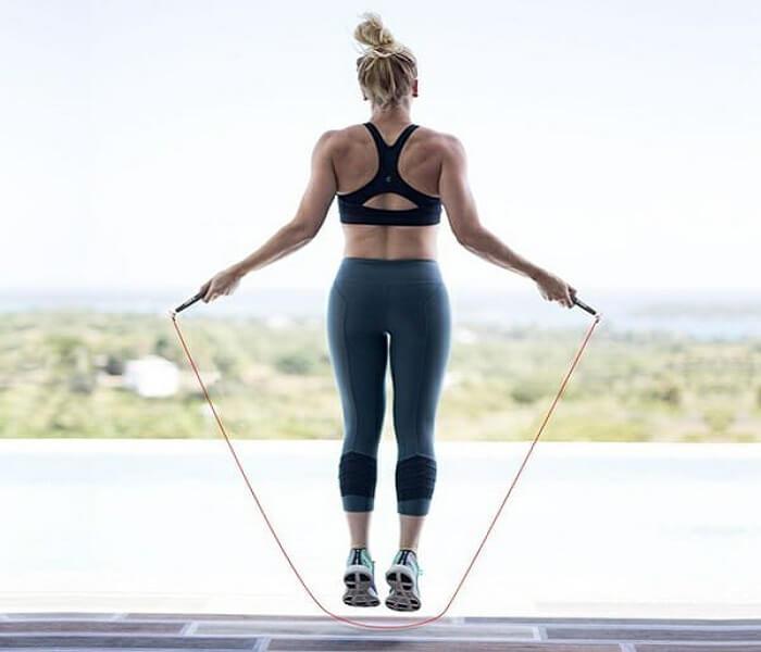Nhảy dây 2 chân cơ bản